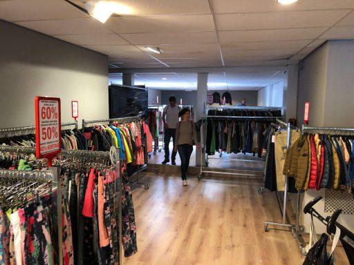Afbeelding #003 voor het verhaal Loods of Stock: een zeer tijdelijke pop-up store in de Langeviele