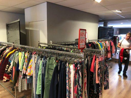 Afbeelding #004 voor het verhaal Loods of Stock: een zeer tijdelijke pop-up store in de Langeviele