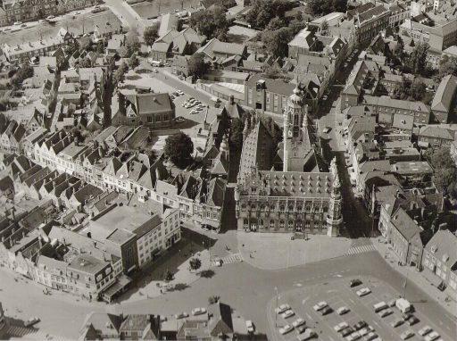 Afbeelding #000 voor het verhaal Luchtfoto's van Middelburg, jaren 60