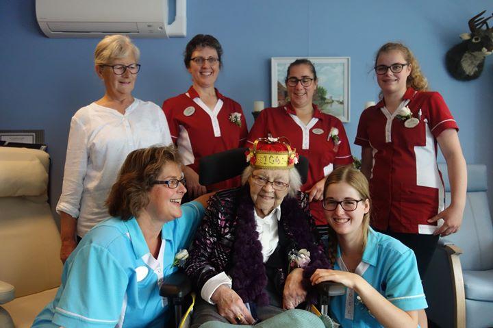 Afbeelding #000 voor het verhaal Maatje Geelhoed-Faasse uit Middelburg wordt 104