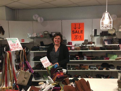 Afbeelding #000 voor het verhaal Marjan Schuitema over het afscheid van Bijou Lederwaren
