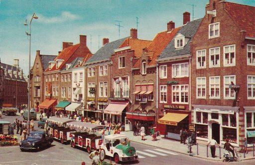 Afbeelding #000 voor het verhaal Markt Middelburg, jaren 60