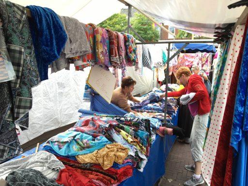Afbeelding #002 voor het verhaal Met vandaag onder meer: weekmarkt, Koopjesdag, ringrijden en Zomerfair