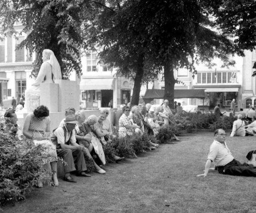 Afbeelding #000 voor het verhaal Middelburg 1958-1972, door de lens van Jacqueline Midavaine, deel 2