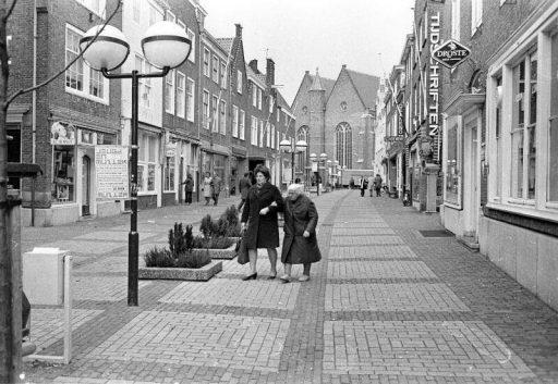 Afbeelding #002 voor het verhaal Middelburg 1958-1972, door de ogen van Jacqueline Midavaine