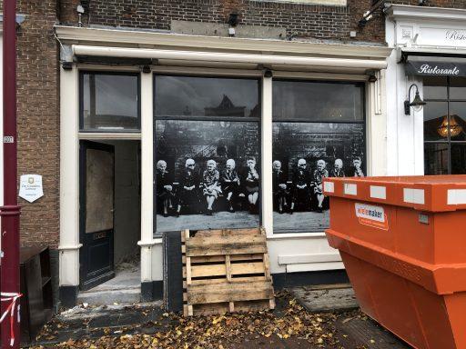 Afbeelding #003 voor het verhaal Middelburg in beweging: verhuizingen en verbouwingen op Dam en Damplein