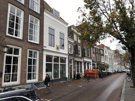 Afbeelding #004 voor het verhaal Middelburg in beweging: verhuizingen en verbouwingen op Dam en Damplein