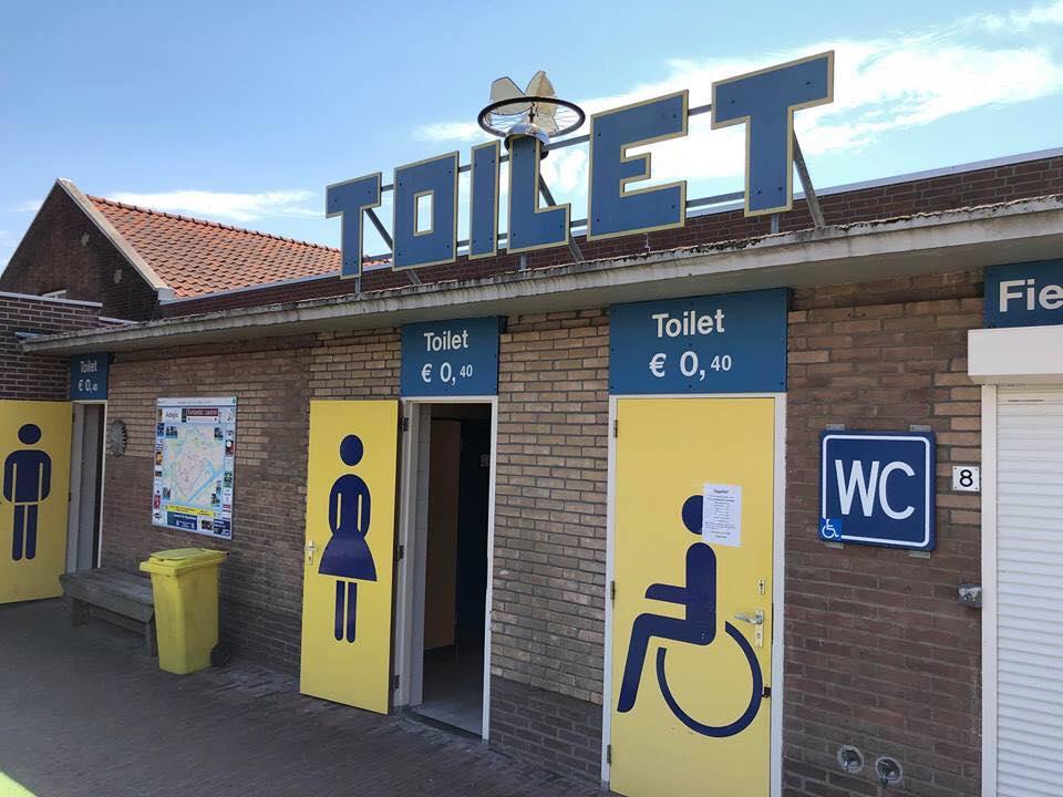 Afbeelding #000 voor het verhaal Middelburg in coronatijd: over openbare toiletten, stewards en het opruimen van zwerfafval