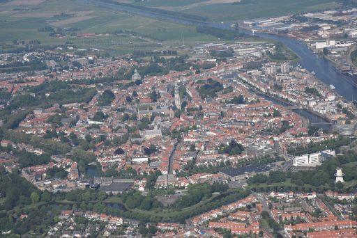 Afbeelding #001 voor het verhaal Middelburg vanuit de lucht, door de lens van Aart, mei 2018