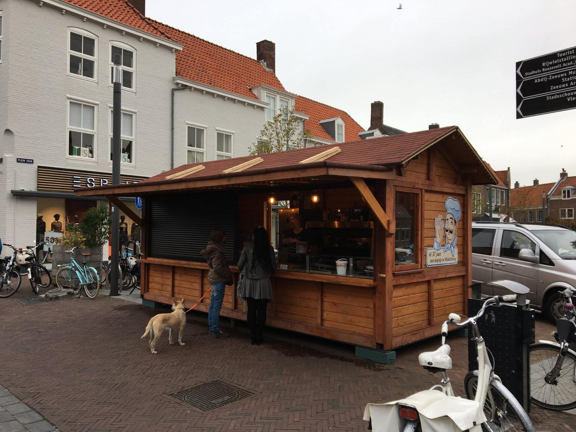 Afbeelding #001 voor het verhaal Middelburg Winterstad: welkom terug, oliebollenkramen!
