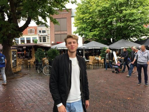 Afbeelding #000 voor het verhaal Middelburger Bekir scoort met Liefde in Overvloed