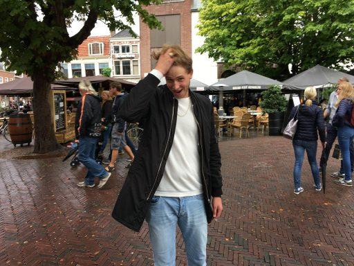 Afbeelding #001 voor het verhaal Middelburger Bekir scoort met Liefde in Overvloed
