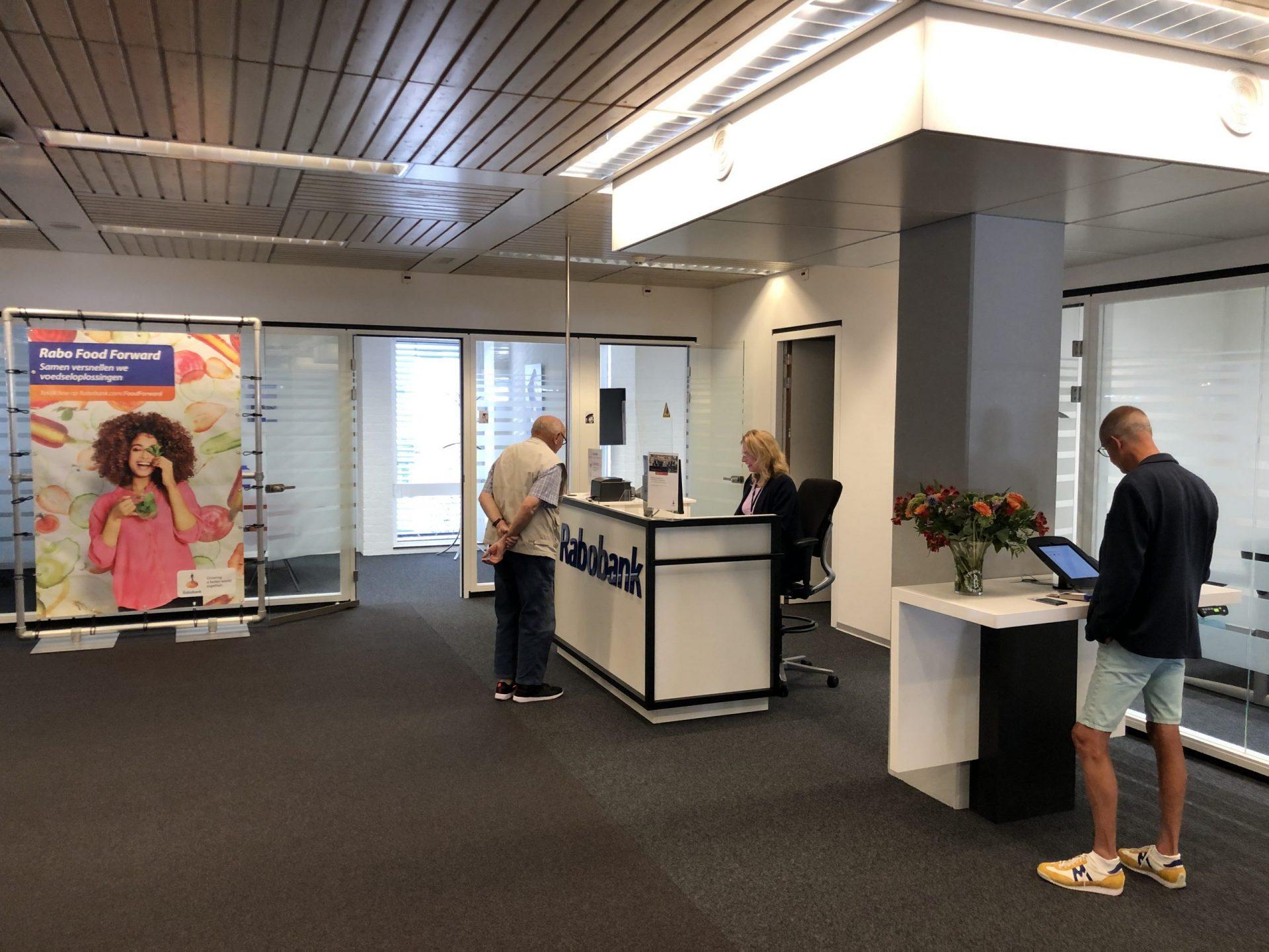 Afbeelding #000 voor het verhaal Middelburgs kantoor Rabobank heropend in de ZB