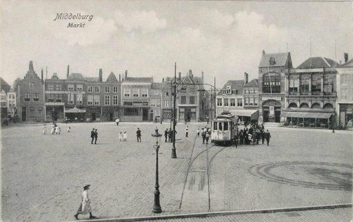 Afbeelding #000 voor het verhaal Middelburgse bedrijven van toen: De Vergenoeging op de Markt