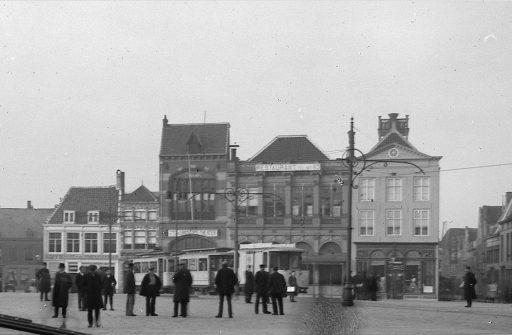 Afbeelding #003 voor het verhaal Middelburgse bedrijven van toen: De Vergenoeging op de Markt