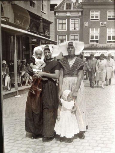 Afbeelding #004 voor het verhaal Middelburgse bedrijven van toen: De Vergenoeging op de Markt