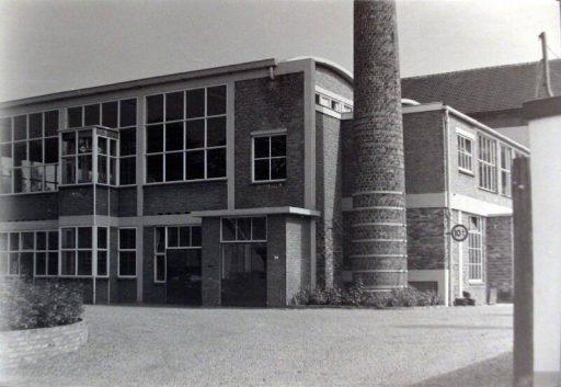 Afbeelding #001 voor het verhaal Middelburgse bedrijven van toen: de Zeeuwsche Confectie Fabriek