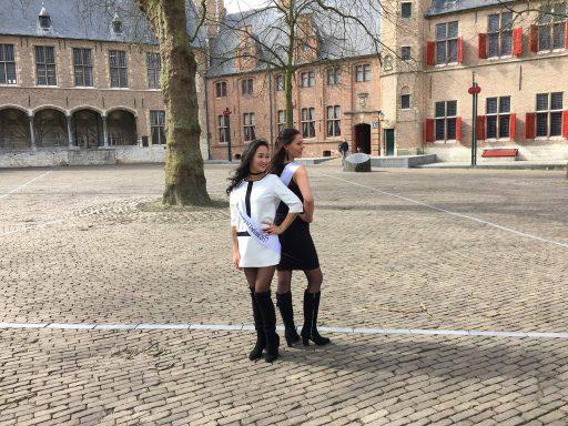 Afbeelding #001 voor het verhaal Miss Beauty of Zeeland: stemmen op Emily-Rose en Sharon