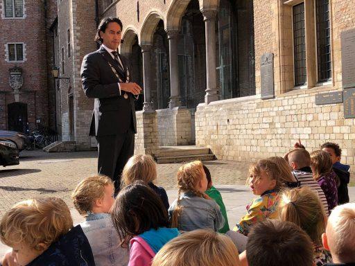 Afbeelding #004 voor het verhaal Monumenten! De klassendag van Acaciahof in de Middelburgse Abdij
