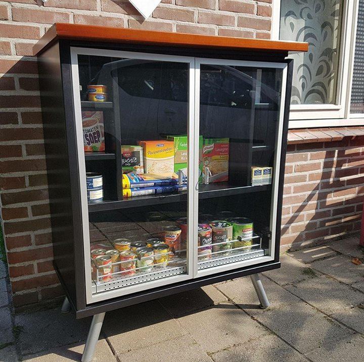 Afbeelding #000 voor het verhaal Mooi: een Little Free Pantry in Middelburg