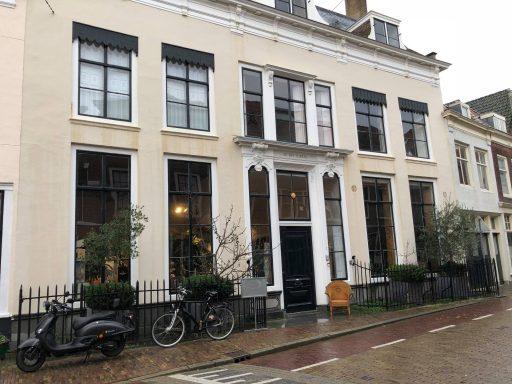Afbeelding #000 voor het verhaal Mooi Middelburg: op bezoek in de Dry Clavers van Arend Jan van der Horst