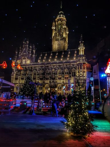 Afbeelding #000 voor het verhaal Nachtbrakers gezocht voor Middelburgse aflevering van 'Nachtdieren'