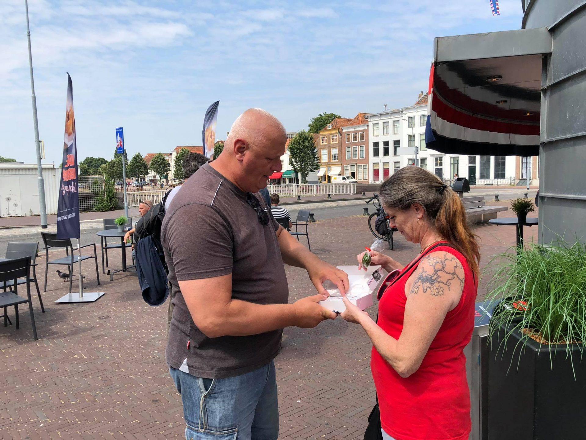 Afbeelding #001 voor het verhaal Nationale Haringtest: 't Beste Maatje in Middelburg heeft de lekkerste