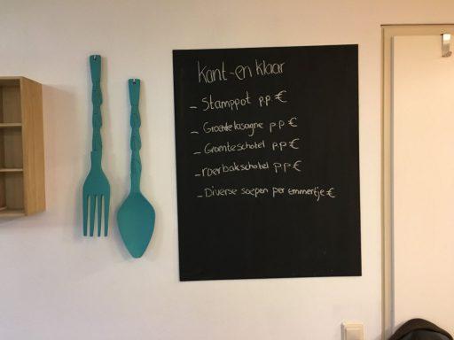Afbeelding #003 voor het verhaal Nieuw in de Langeviele in Middelburg: Alles is Eten