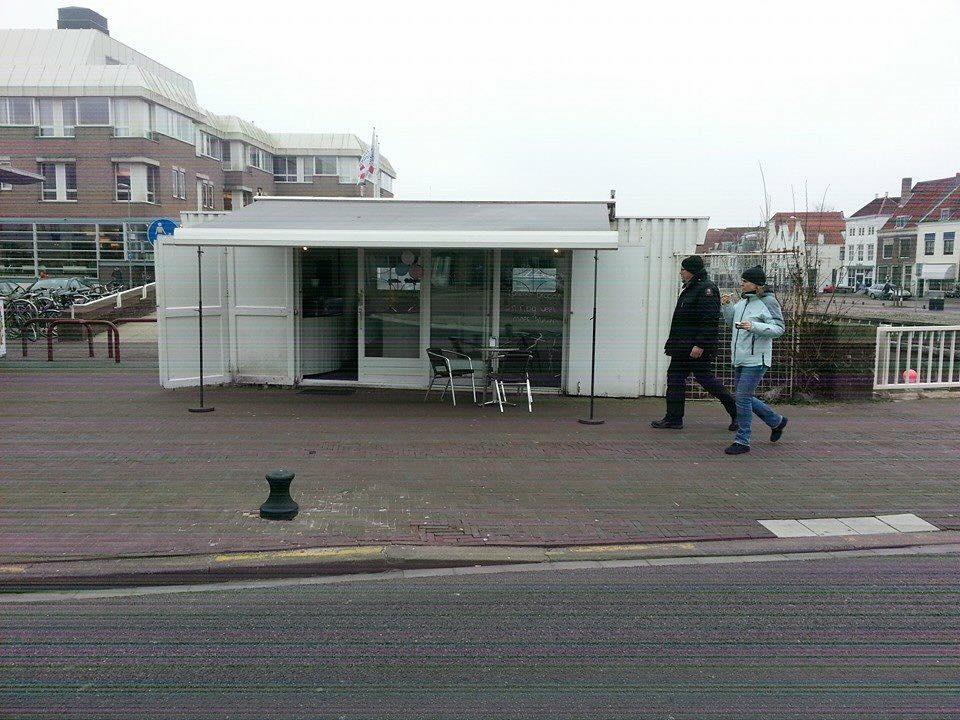 Afbeelding #000 voor het verhaal Nieuw op de Koningsbrug: Marlia's belegde broodjes