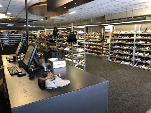 Afbeelding #000 voor het verhaal Omoda Outlet heropend in de Langeviele in Middelburg