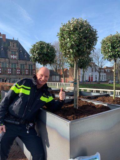 Afbeelding #000 voor het verhaal Ondernemersinitiatief: Langeviele verrijkt met 25 boompjes