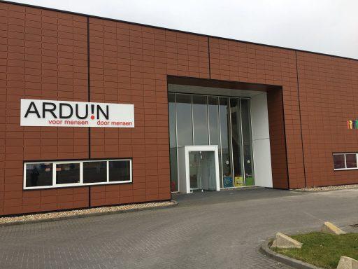 Afbeelding #001 voor het verhaal Op bezoek bij Arduin in de Mortiere