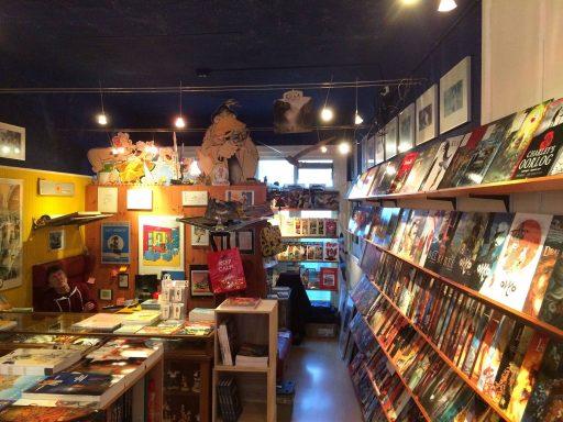 Afbeelding #001 voor het verhaal Op bezoek bij stripwinkel Perron 2