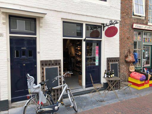 Afbeelding #000 voor het verhaal Op bezoek bij Wijnkoperij Juste in Middelburg