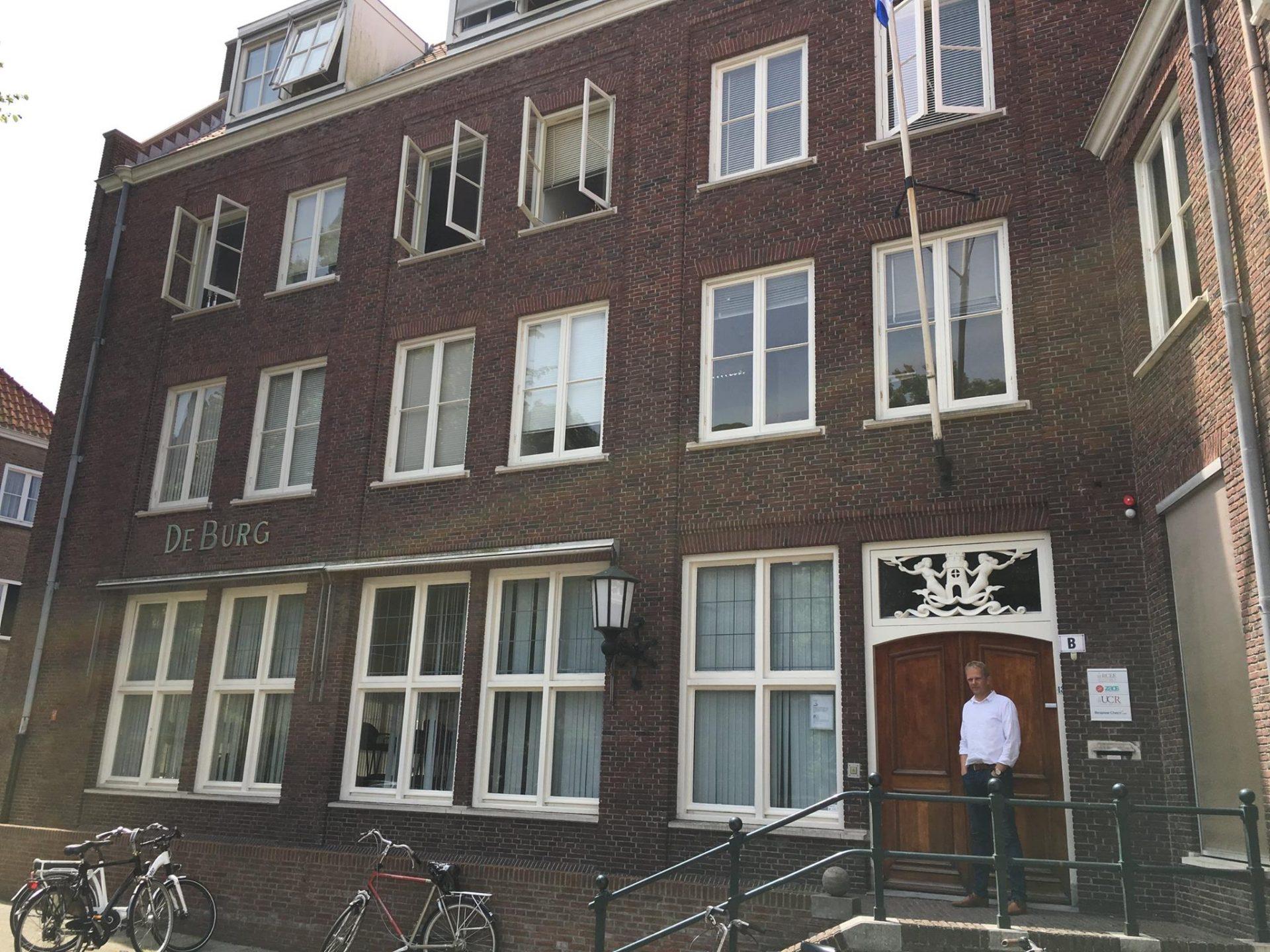 Afbeelding #000 voor het verhaal Op bezoek bij ZAOS in het voormalige hotel De Burg