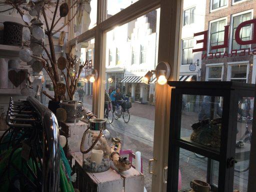 Afbeelding #000 voor het verhaal Op bezoek bij…Beadle in de Langeviele in Middelburg