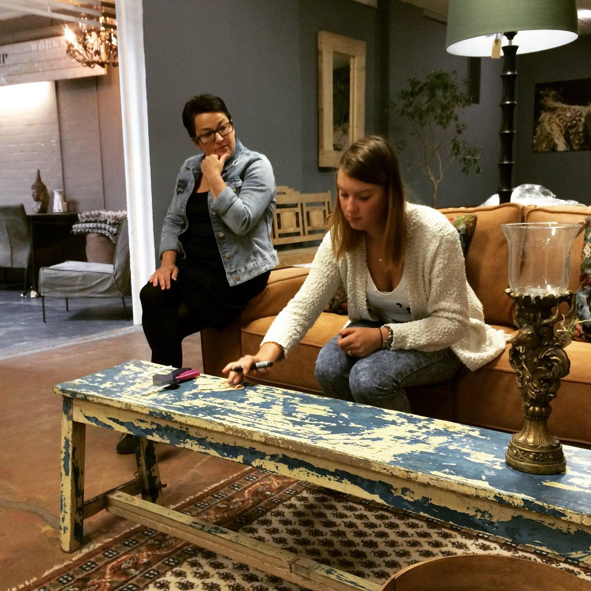 Afbeelding #000 voor het verhaal Op bezoek bij…Two Ladies Like living & shoes