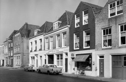 Afbeelding #003 voor het verhaal Opgroeien in de Middelburgse Breestraat van de jaren 40 en 50
