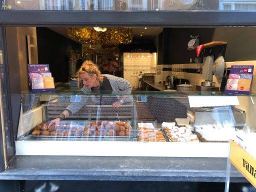 Afbeelding #001 voor het verhaal Oud-Hollandsche pop-up store: Lange Delft 111 heropend