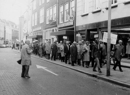 Afbeelding #002 voor het verhaal Over Middelburg en die zomer van 1976...