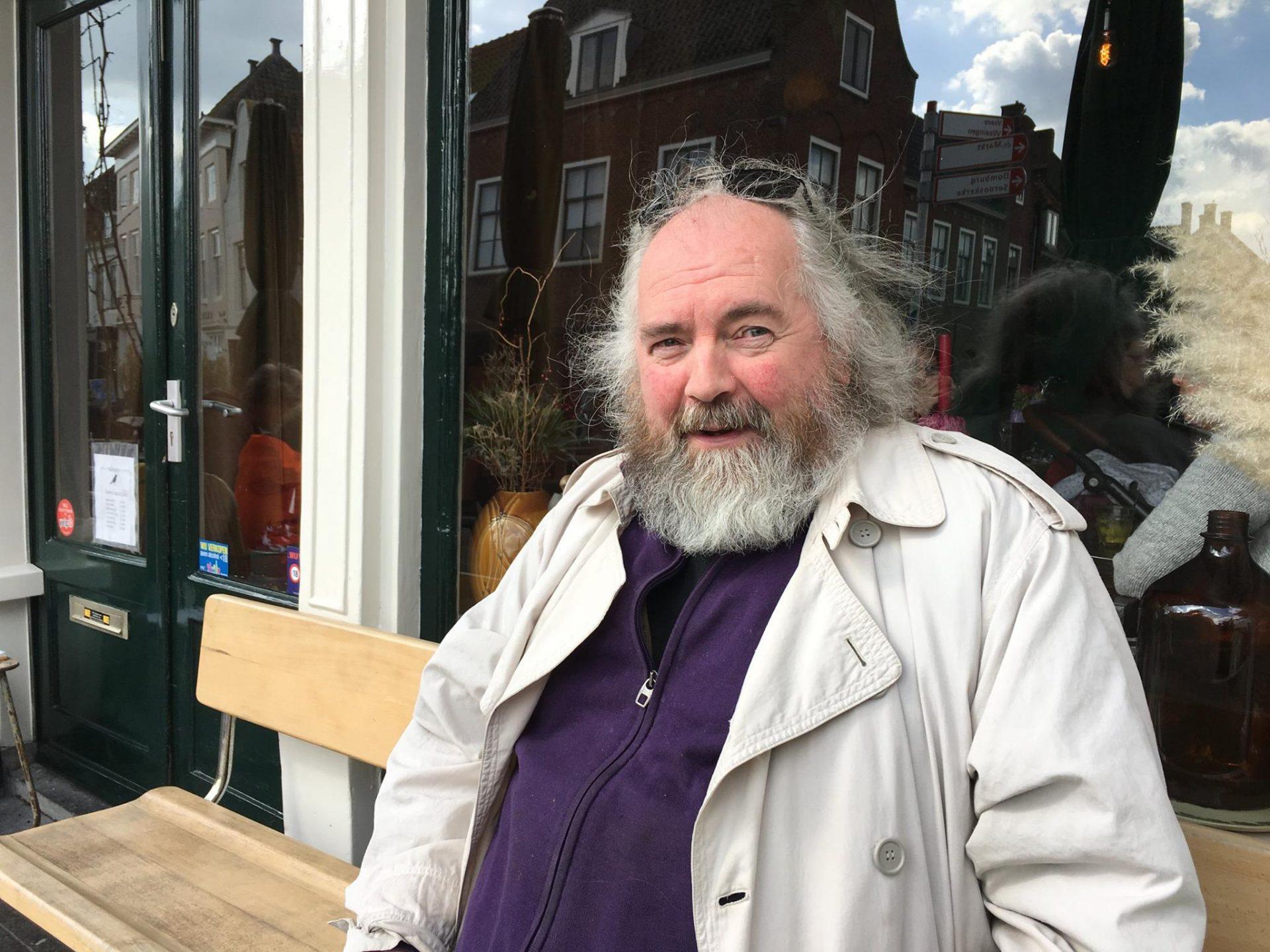 Afbeelding #000 voor het verhaal Phons Bakx over zijn nieuwe boek De Rondgangers