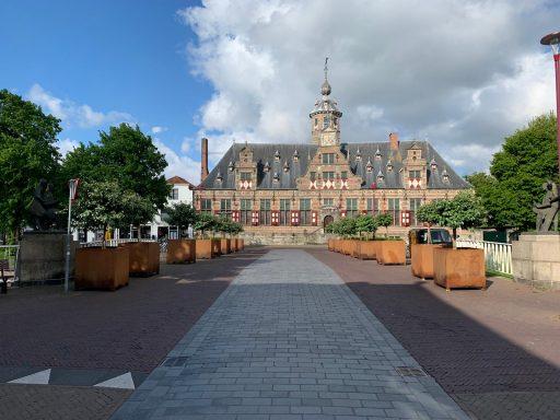 Afbeelding #000 voor het verhaal Plantenbakken Langeviele verplaatst naar Langevielebinnenbrug