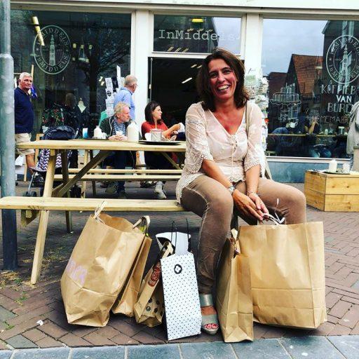 Afbeelding #000 voor het verhaal Raquel is De Stad