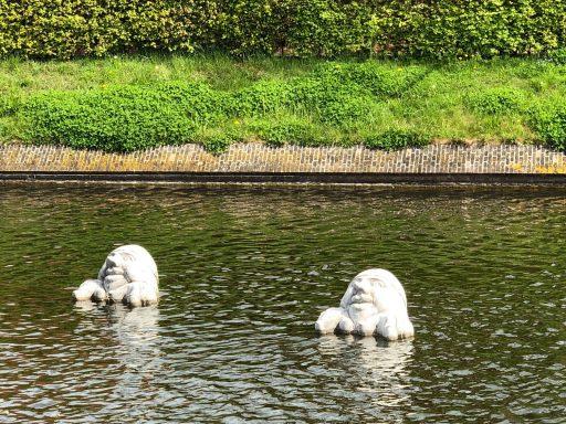 Afbeelding #000 voor het verhaal Sculpturen van Sjer Jacobs in de Middelburgse grachten