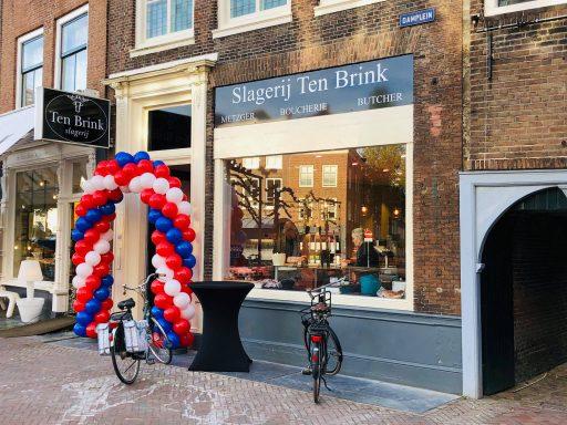 Afbeelding #000 voor het verhaal Slagerij ten Brink heropend aan het Damplein in Middelburg