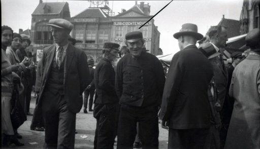 Afbeelding #000 voor het verhaal Spaanse toeristen in Middelburg, jaren 20