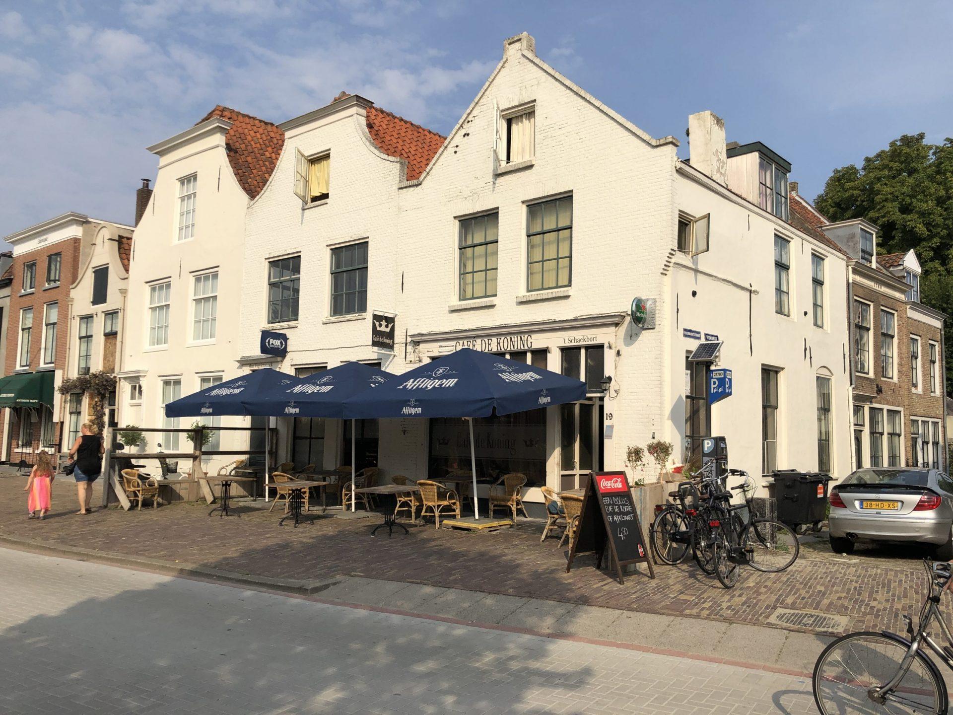 Afbeelding #000 voor het verhaal Spijtig! Cafe de Koning in Middelburg sluit, eind 2020