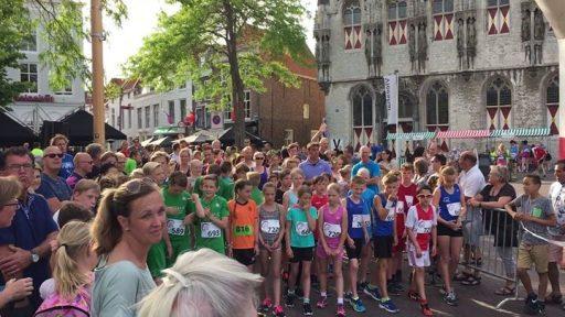 Afbeelding #000 voor het verhaal Start Jeugd Stadstrail Middelburg 2 juni 2017