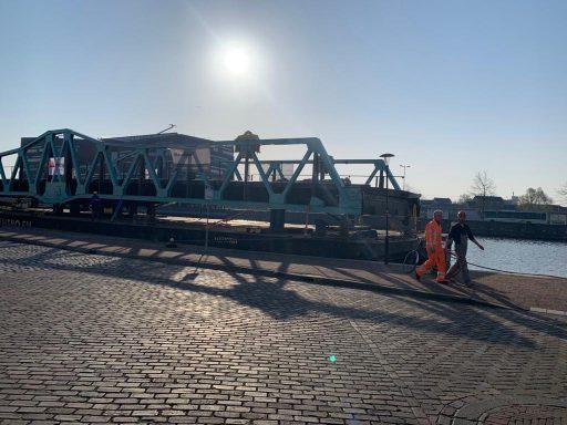 Afbeelding #001 voor het verhaal Stationsbrug Middelburg is weer thuis