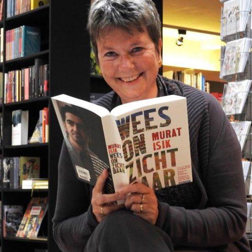 Afbeelding #000 voor het verhaal Stemmen! Monique Eskens kan boekverkoper van het jaar worden!